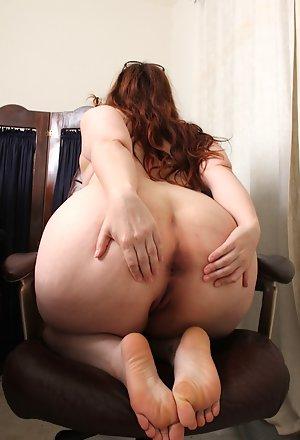 Ass naked mature A Mature