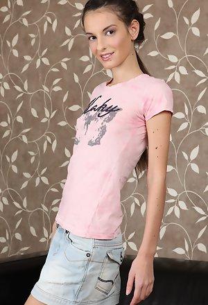 Beauty Skinny Anal Teen