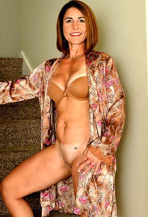 Models older naked Mature Woman