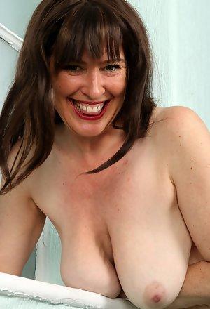 Busty nackt atk Hegre Beauties