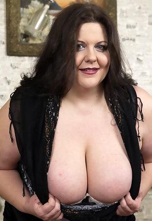 Brittney amber nude galleries