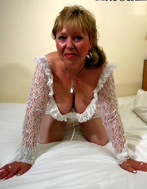 amateur big tit grannies clothed and nude