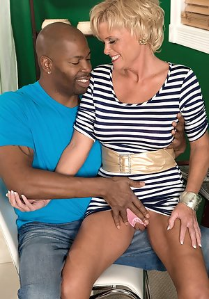 Mature big tit housewives sucking two black cocks at once Big Cock Pictures Mature Porn Galleries At Spicy Older Women