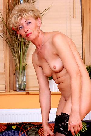 Blonde Teen Solo Monroe